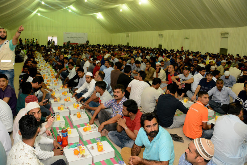 Chinese Business Council hosts its annual charity Iftar for labourers in association with Emirates Red Crescent