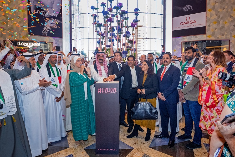 Nakheel Mall opens on Dubai's Palm Jumeirah