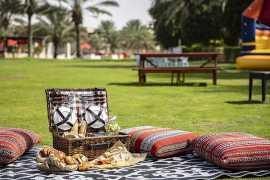 Bab Al Shams Desert запустил субботний бранч в стиле пикник