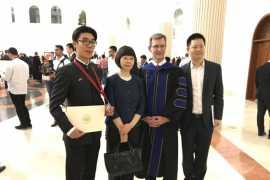 中国学生荣获沙迦美国大学表彰