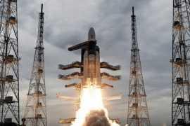 """Спускаемый модуль успешно отделился от индийской лунной станции """"Чандраян-2"""""""