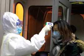 В аэропортах Абу-Даби и Дубая проверяют пассажиров на наличие нового коронавируса