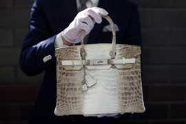Сумка Himalaya Birkin была продана на аукционе в Лондоне за 13,5 млн рублей