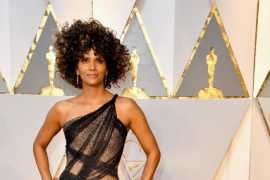 Halle Berry wows in Versace at the Vanity Fair Oscar Party!
