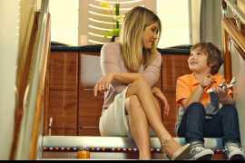 阿联酋航空A380--Jennifer Aniston的神秘新朋友