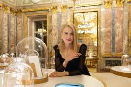 """欧米茄(Omega)""""她的时代""""展览在圣彼得堡开幕 (视频)"""