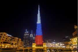 Самое высокое здание в мире окрасилось в цвета российского флага