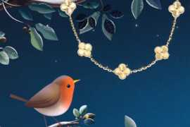 A Sparkling Winter with Alhambra Breeze from Van Cleef & Arpels