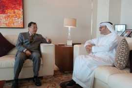 驻阿联酋大使倪坚会见阿外交国务部长卡尔卡什