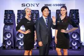 索尼阿联酋发布全新降噪耳机系列
